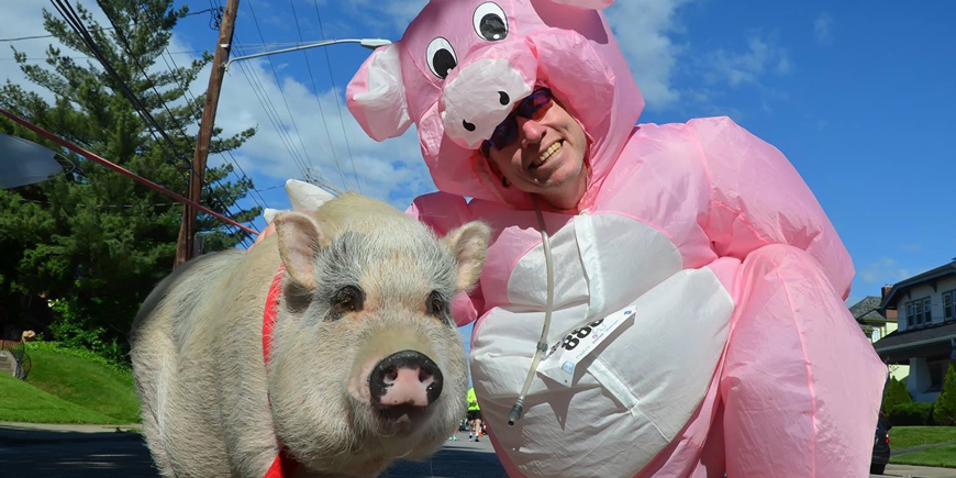 2017 Flying Pig Marathon – Yes, I spotted flying pigs!